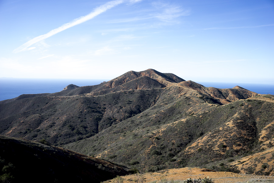 10b__2014-12-28-catalina-island-backpacking-flute_069-trailboundco