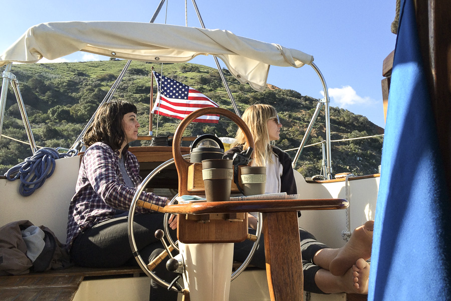19__2014-12-27-catalina-island-sailing-sv-unicorn_188