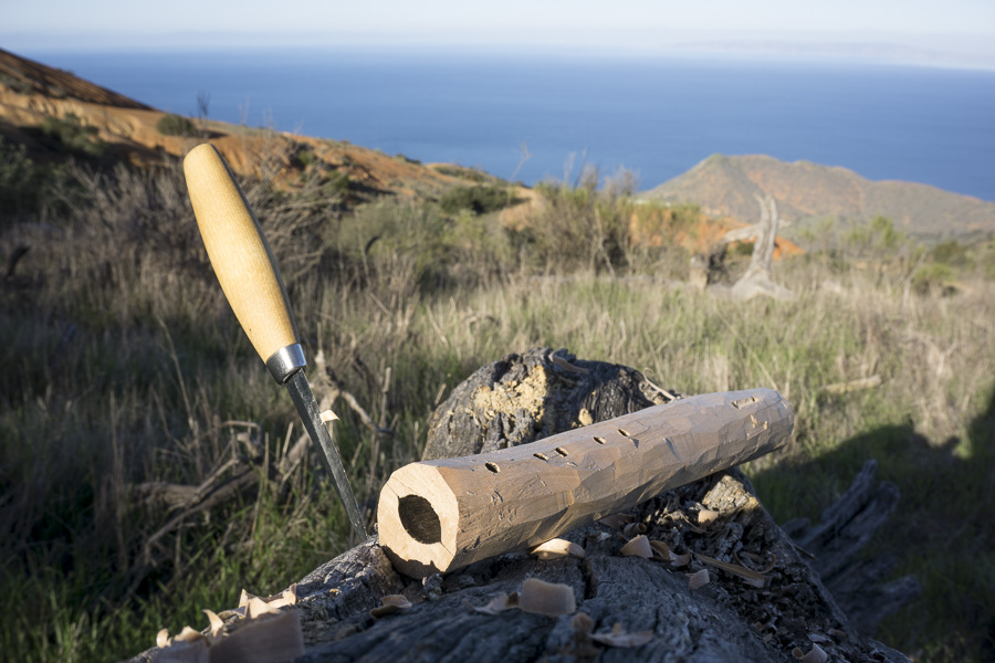 25__2014-12-28-catalina-island-backpacking-flute_084-trailbound-flute-native-american-make-build