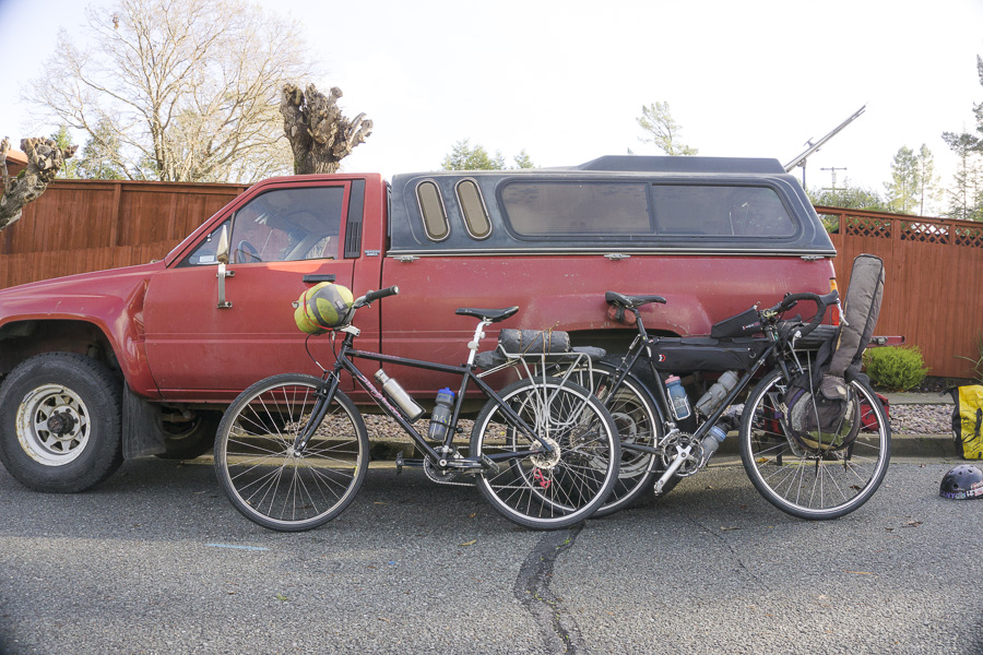 02__2014-12-13-sonoma-sugarloaf-bikepacking-trev-chris_003-hardasses-bike