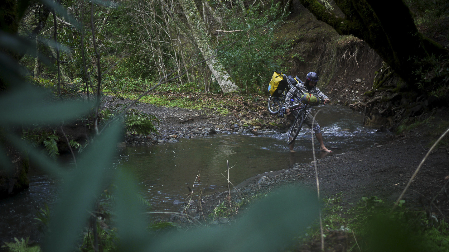28__2014-12-13-sonoma-sugarloaf-bikepacking-ph-trev_14-chris-riesner-hardasses-bike