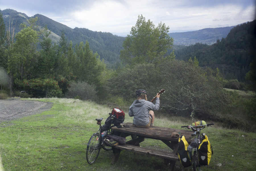 38__2014-12-13-sonoma-sugarloaf-bikepacking-trev-chris_1760-trey-pearl-banjo-mountain