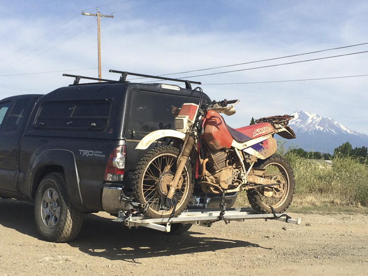 02__2015-07-02-or-prospect-moto-camping-chris-dave_002_tacoma-motorcycle-rack-xr-600-roadrigbuild-shasta-ca