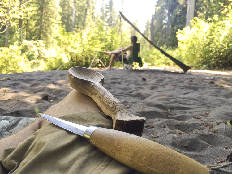 06__2015-07-02-or-prospect-moto-camping-chris-dave_065_trailboundco-spoon-carve_oregon_beach