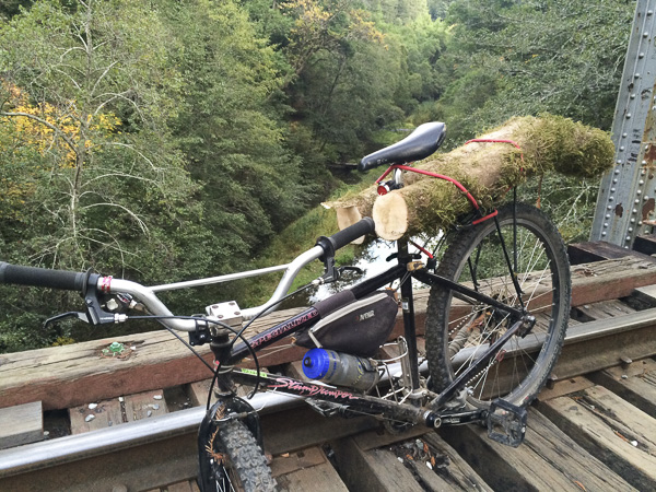 22__2015-trailboundco-hand-carved-travel-treen-felton-ca-chris-riesner_54-hardasses-bike-henrry-cowel-stumpjumper-klunker-motobars-woodworking