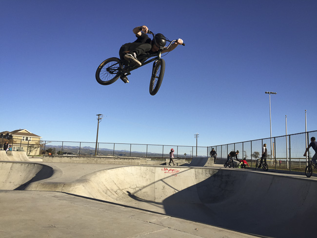 03__2015-12-28-cold-weather-camping-morro-bay_mike_04-jackson-allen-greenfield-ca-skatepark