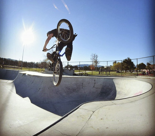 04__2015-12-28-cold-weather-camping-morro-bay_mike_06-mike-hernandez-bmx-greenfield-skatepark